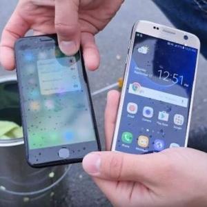 iPhone 7 и Galaxy S7 испытали на водонепронецаемость. Видео