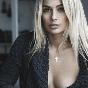 Наталья Рудова обнажилась для новой фотосессии