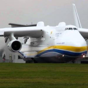 Зрелищный ролик об самолете-гиганте покорил Сеть. Видео