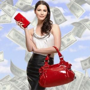 Как притягивать деньги по-женски: 3 простых правила